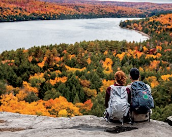 chicago-booth-algonquin-park-ontario-autumn