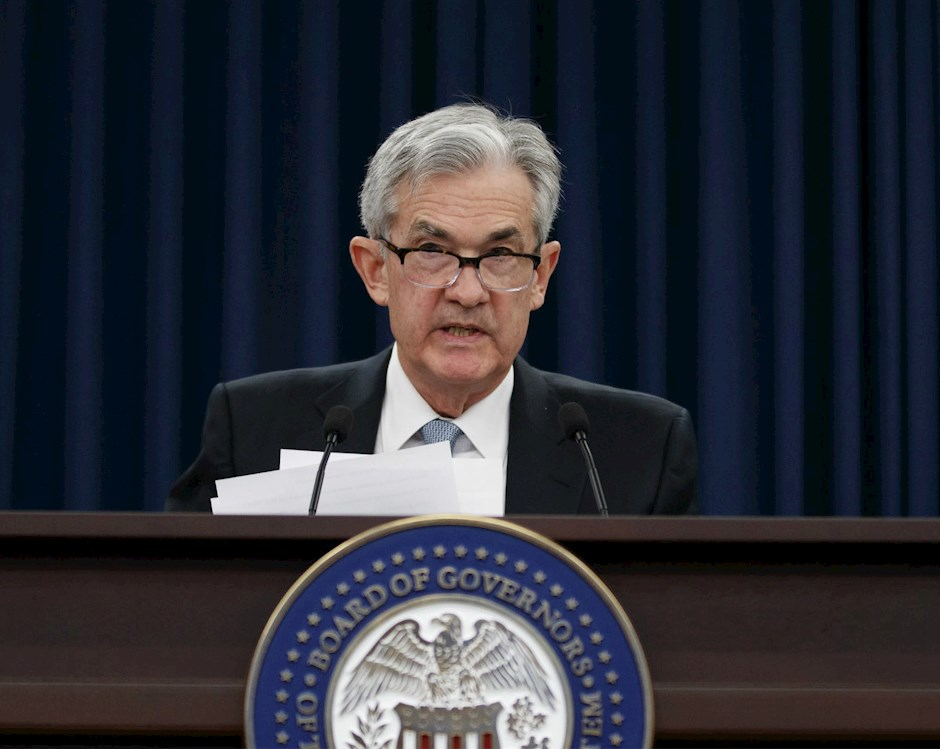 Photo of Jerome Powell making an announcement at the U.S. Federal Reserve.