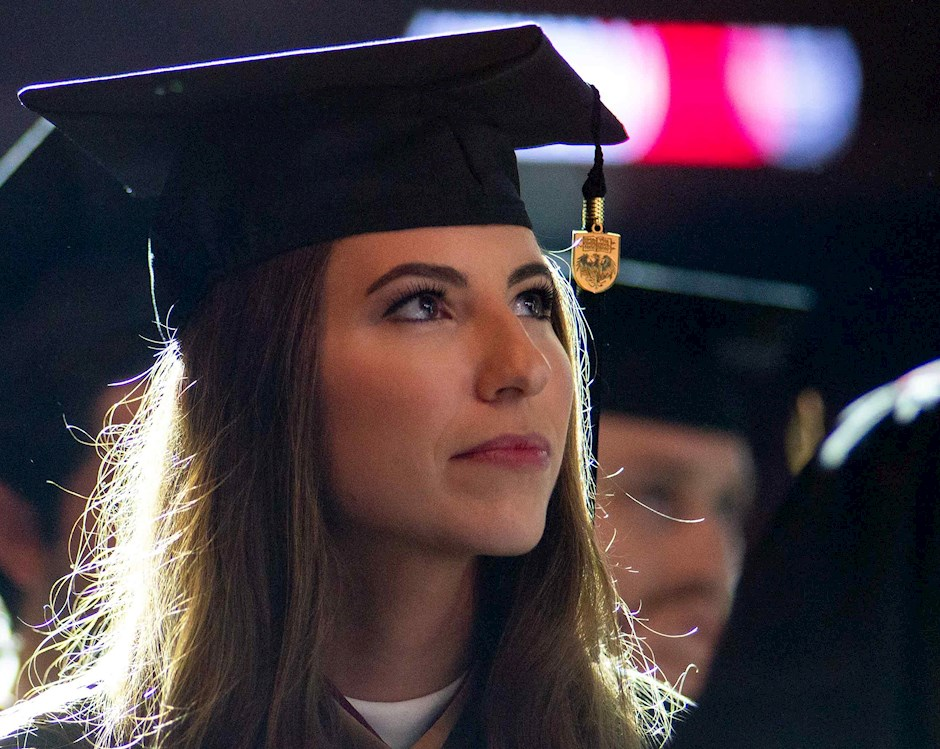 chicago booth female mba graduate