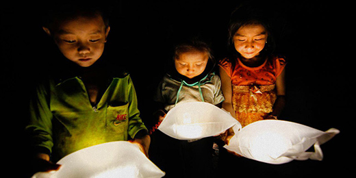 Portable Lanterns Create Light and Buzz